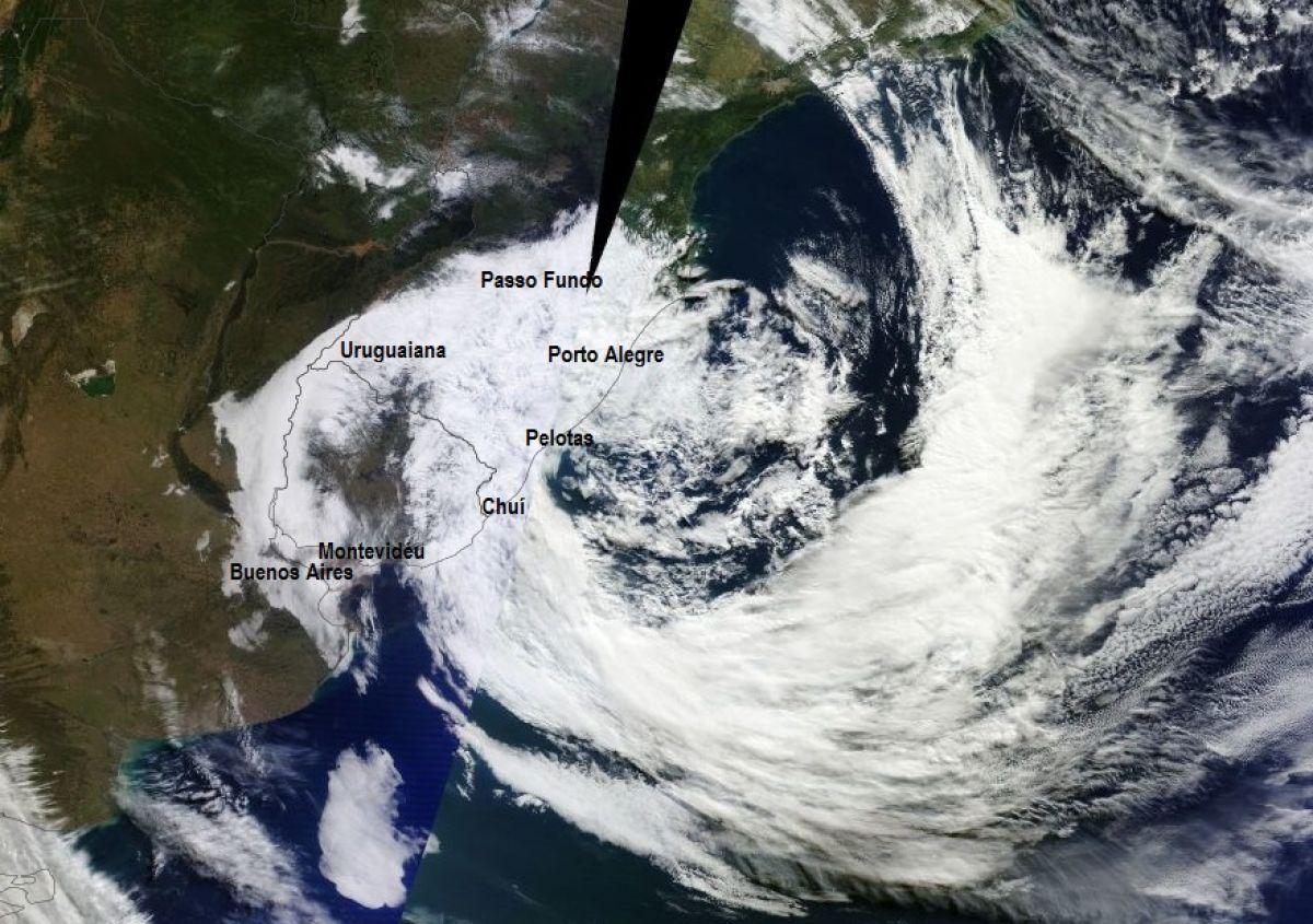 Ciclone se afasta e Estado terá o predomínio do sol com noite gelada