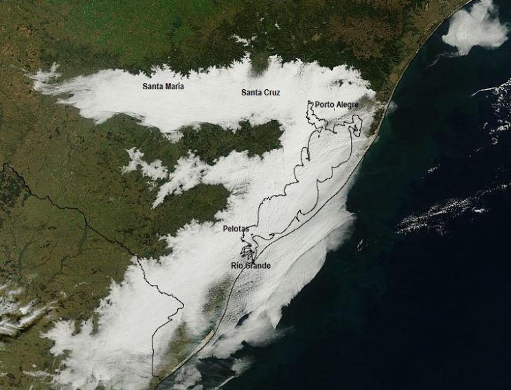 Imagem de satélite mostra nevoeiro que cobriu parte do Estado