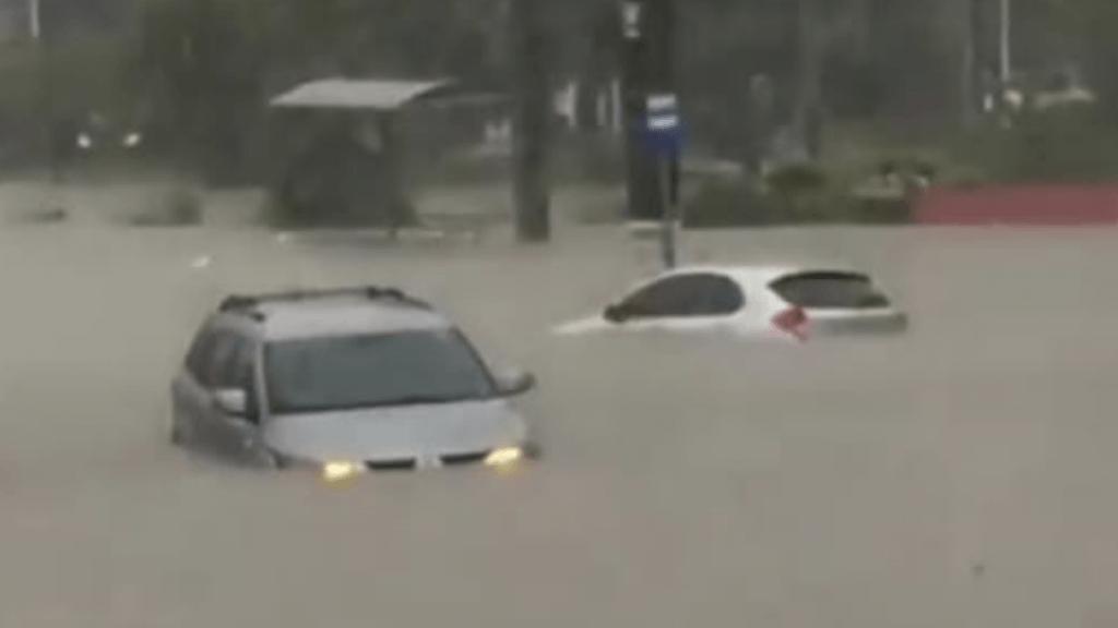 Morte e estragos pela chuva em cidades de Santa Catarina