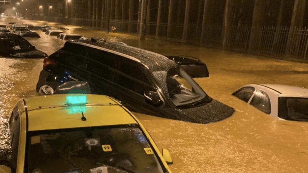 Chuva leva o caos ao Rio de Janeiro