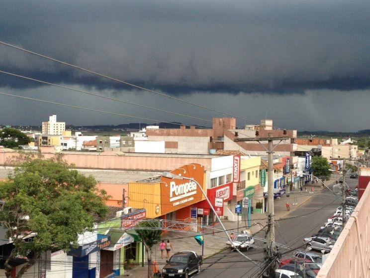 Padrão de instabilidade prossegue com eventos de chuva intensa