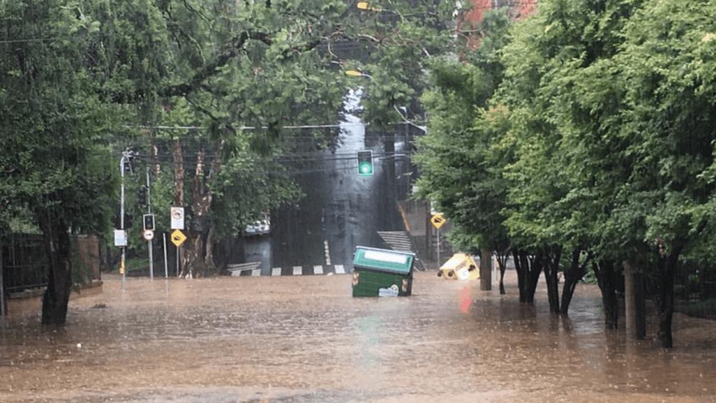 Chuva localmente forte e temporais isolados no Natal