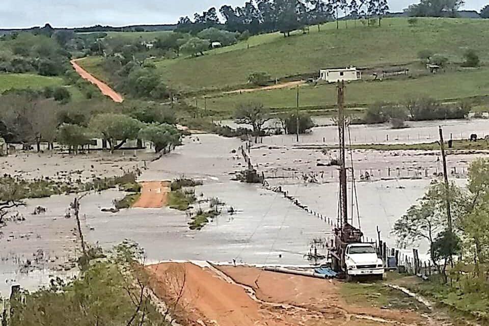 Chuva acima de 200 mm, cheias e inundações