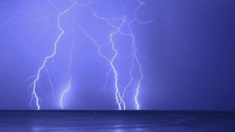 Calor no Sul do Brasil e tempestades no Prata