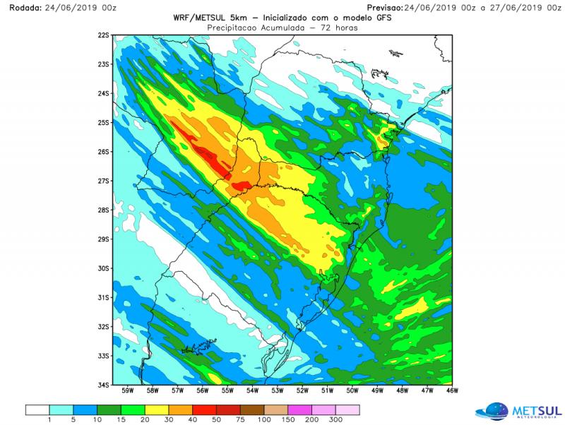 Quais regiões devem ter mais chuva entre amanhã e quarta
