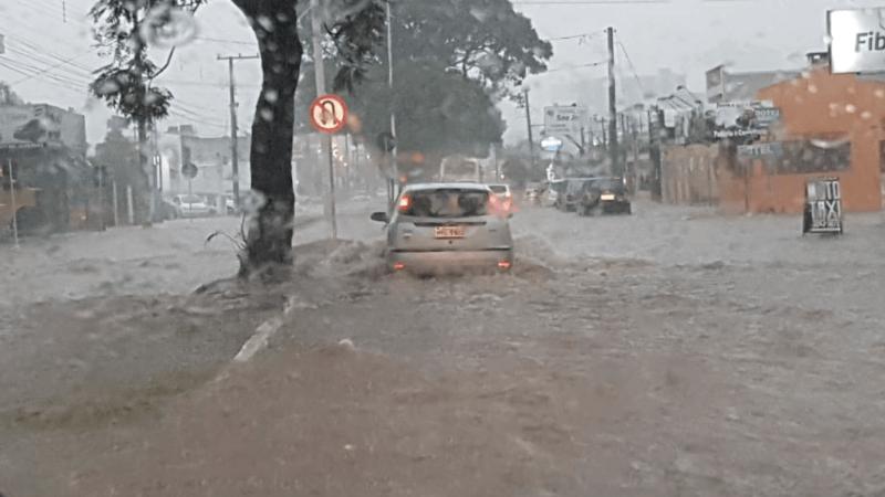 Chuva forte traz alagamentos em diversas regiões gaúchas