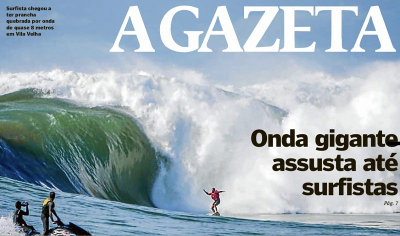 Ondas gigantes e estragos no litoral do Espírito Santo