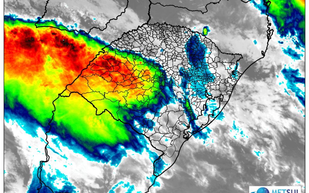 Chuva já alcança 250 mm no Oeste do Rio Grande do Sul