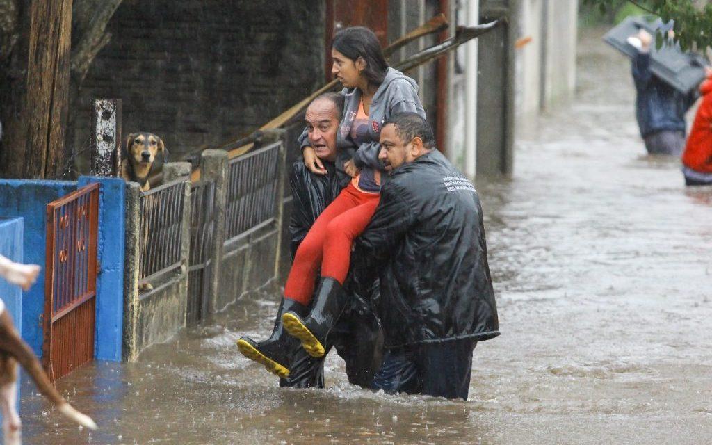 ***ALERTA*** Chuva extrema, temporais e enchentes entre a Argentina, Uruguai e o RS