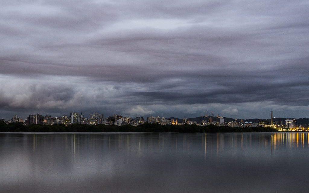 ***ALERTA*** Chuva excessiva e transtornos na região de Porto Alegre