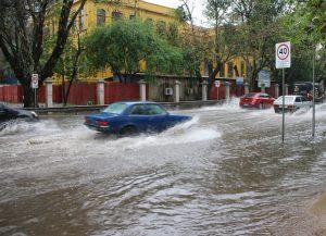 Porto Alegre tem a média de chuva do mês em apenas 44 horas