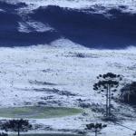Frio e paisagens de inverno a um mês do Natal