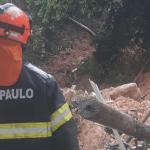 Baixada Santista vive desastre com mortos e desaparecidos pela chuva