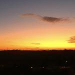 Domingo de sol começa frio e terá máximas mais altas