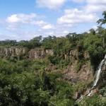 As impressionantes imagens das cataratas do Iguaçu secas com a estiagem
