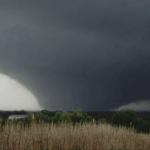 EUA: 140 tornados em 24 horas