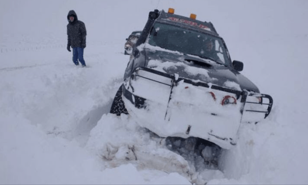 Resgates dramáticos por terra e ar em meio à neve na Patagônia