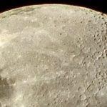 Duas lindas imagens da Lua nesta noite