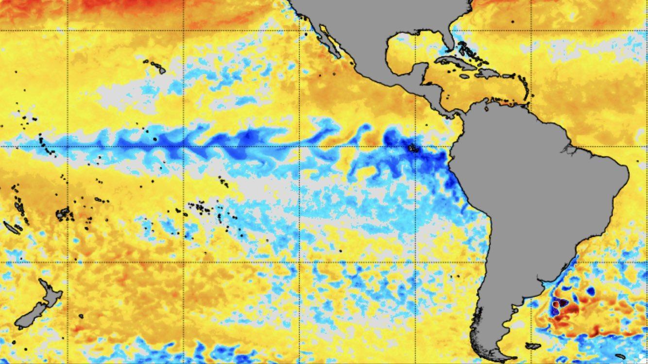 Fenômeno La Niña em seus estágios iniciais no Pacífico