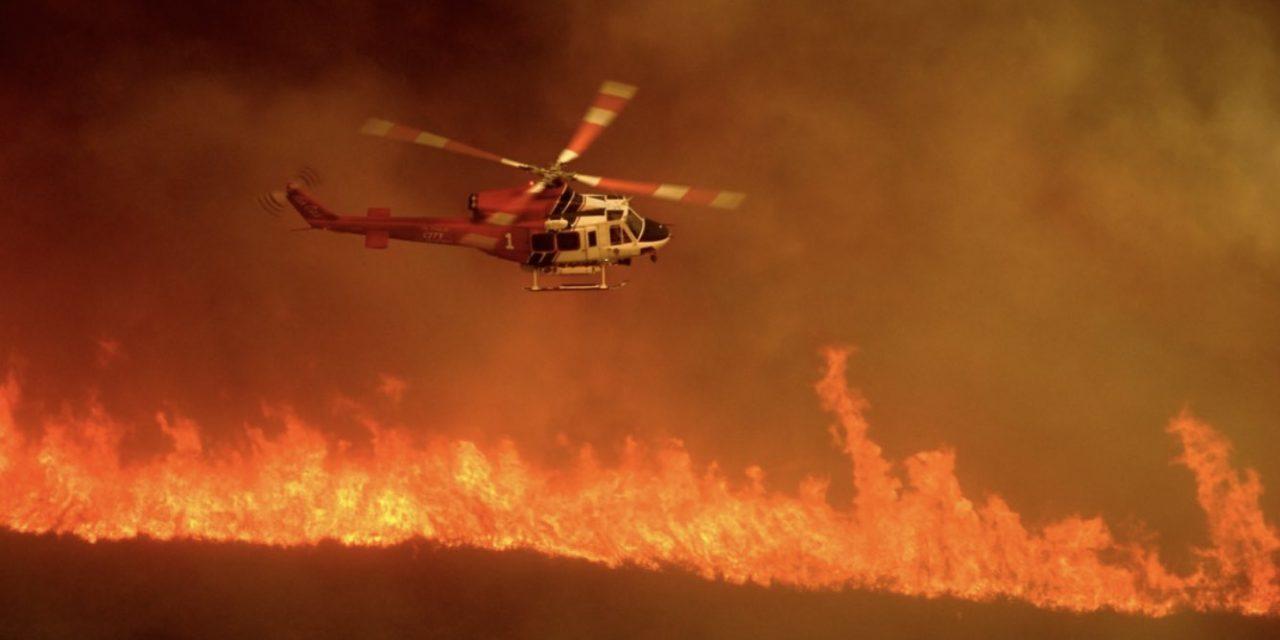 A Califórnia arde em fogo e calor sem precedentes