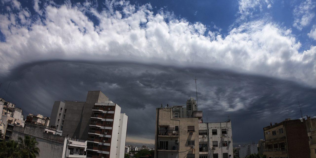 Olha como ficou o céu de Buenos Aires