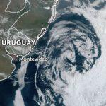 Grande ciclone (sem risco) a Leste do Rio Grande do Sul