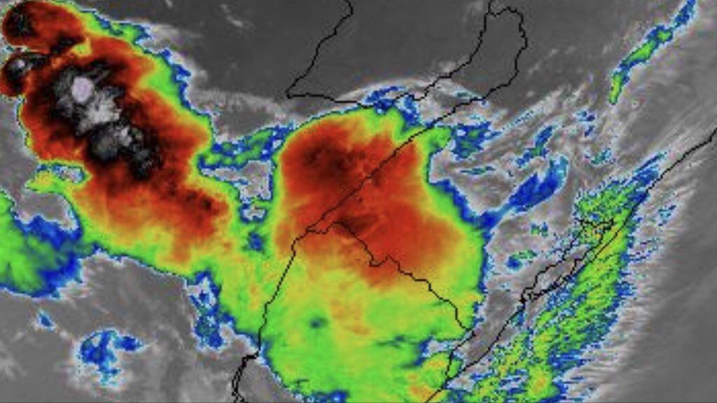 **ALERTA** Temporais isolados e vórtice ciclônico no Rio Grande do Sul