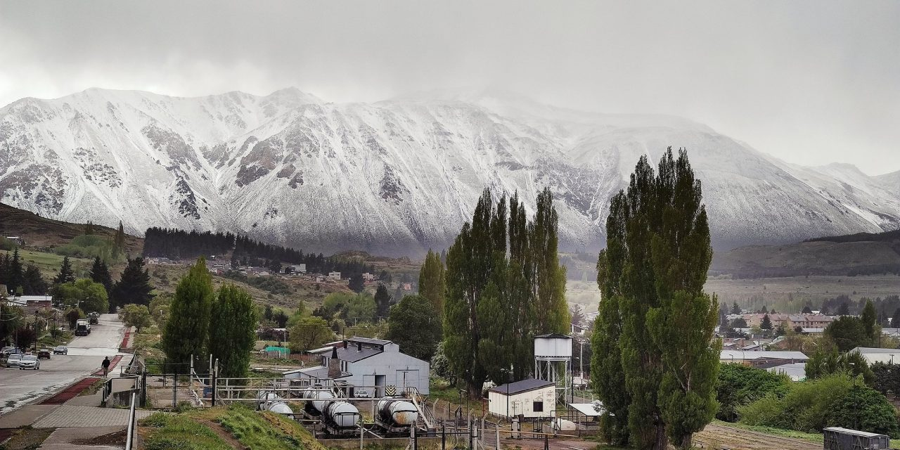 Ar polar a caminho do Sul do Brasil traz neve na Argentina