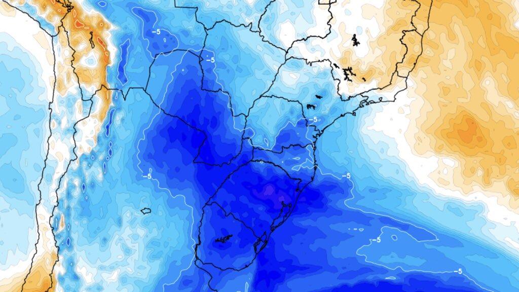 """<span class=""""entry-title-primary"""">Nova massa de ar polar alcançará o Brasil</span> <h2 class=""""entry-subtitle"""">Fenômeno La Niña favorece incursões tardias de ar frio na América do Sul </h2>"""