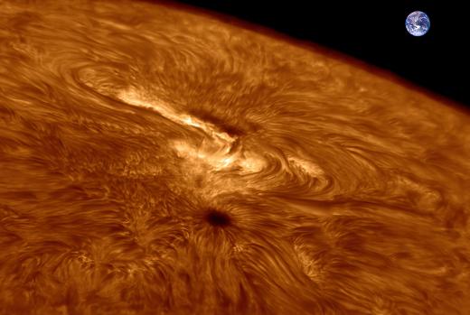 """<span class=""""entry-title-primary"""">Mancha solar gigante é observada por astrônomos</span> <span class=""""entry-subtitle"""">Mancha solar AR2871 é a maior até agora do novo ciclo solar 25</span>"""
