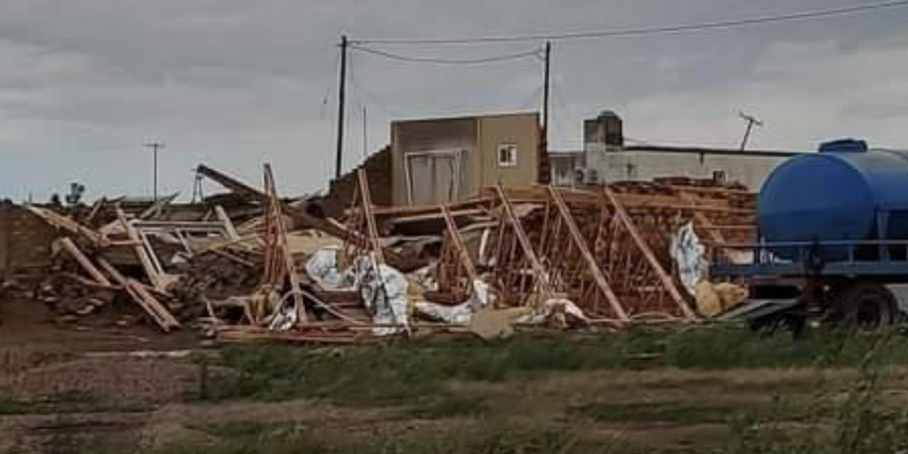 """<span class=""""entry-title-primary"""">Temporais causam destruição na Argentina</span> <span class=""""entry-subtitle"""">Vento chegou a 150 km/h na província de Santiago del Estero </span>"""