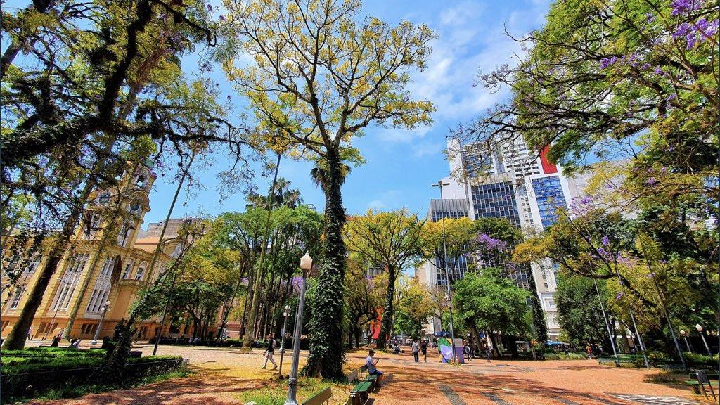 """<span class=""""entry-title-primary""""><span style='color:#ff0000;font-size:14px;'>PREVISÃO DO TEMPO </span><br> Previsão do tempo – Calor em Porto Alegre no fim de semana</span> <span class=""""entry-subtitle"""">Tarde de sábado terá marcas típicas de verão na capital gaúcha, antecipa a MetSul Meteorologia </span>"""