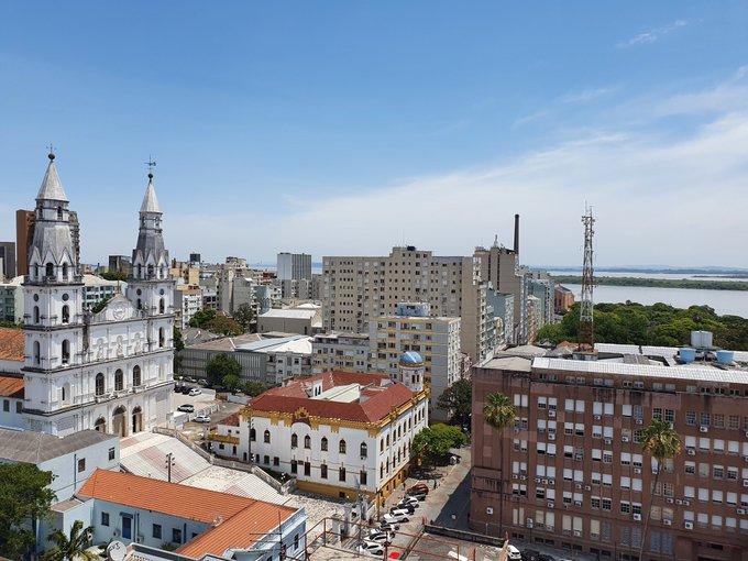 """<span class=""""entry-title-primary"""">Porto Alegre tem dia de novembro mais quente em 30 anos</span> <span class=""""entry-subtitle"""">Capital gaúcha experimentou uma quarta-feira escaldante </span>"""