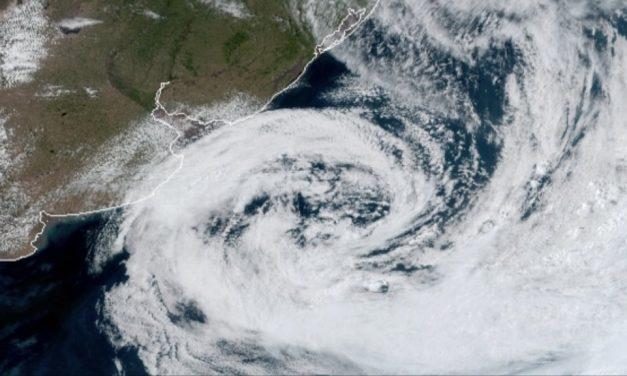 Ciclone provoca estragos na Argentina