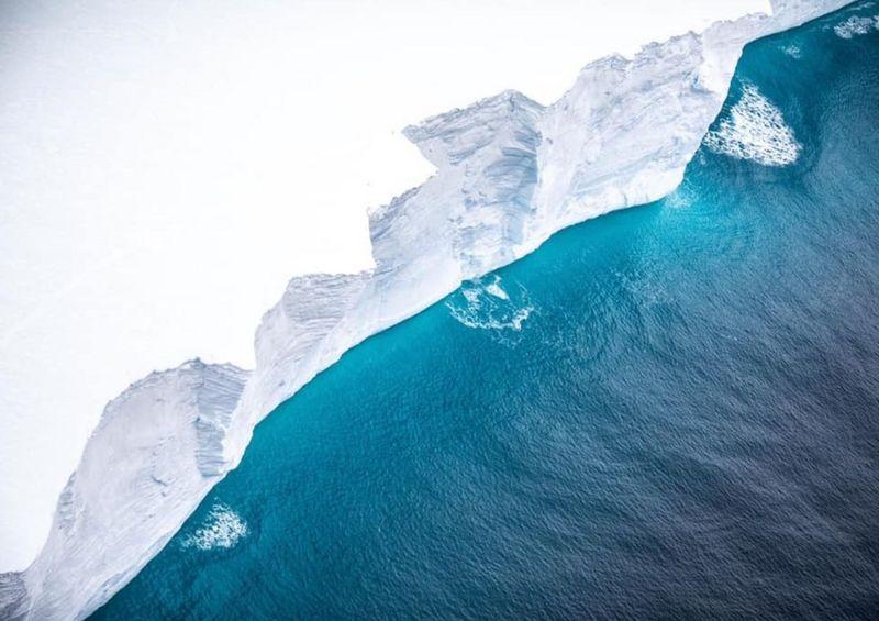"""<span class=""""entry-title-primary"""">Maior iceberg do mundo avança no Atlântico Sul</span> <span class=""""entry-subtitle"""">Ilhas Geórgia do Sul estão em alerta e há temor de prejuízo para a vida marinha com o iceberg A68a</span>"""