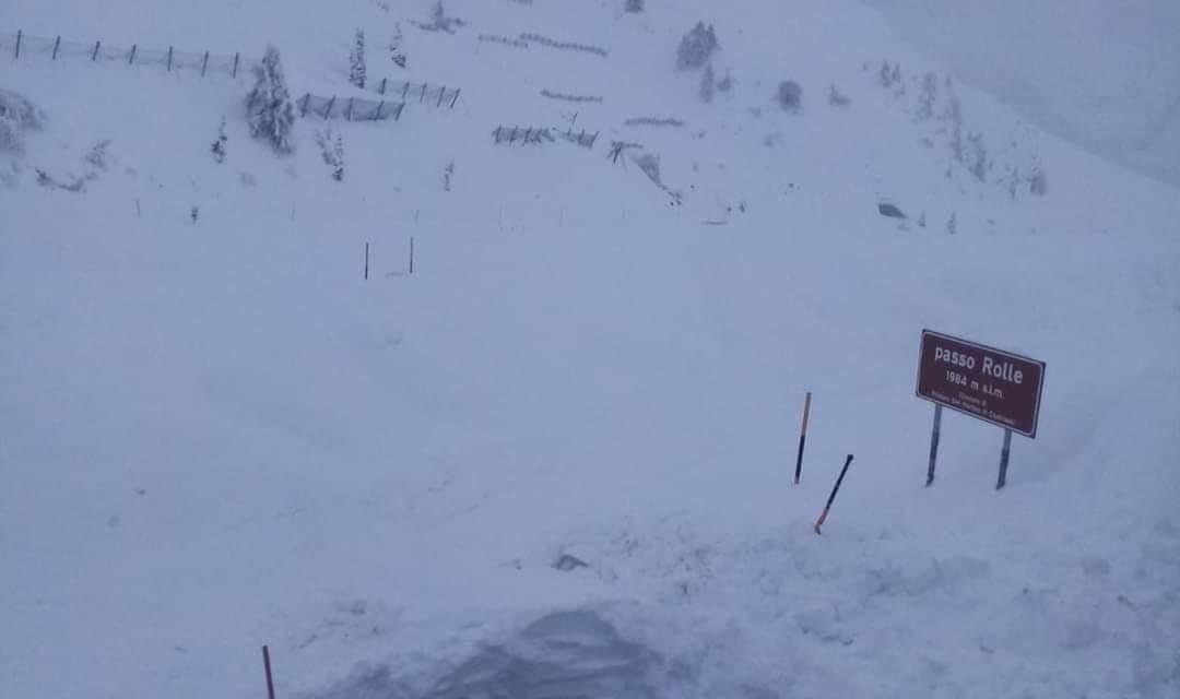 """<span class=""""entry-title-primary"""">Soterrados em neve</span> <span class=""""entry-subtitle"""">São impressionantes as imagens desta semana da tempestade de neve nos Alpes </span>"""