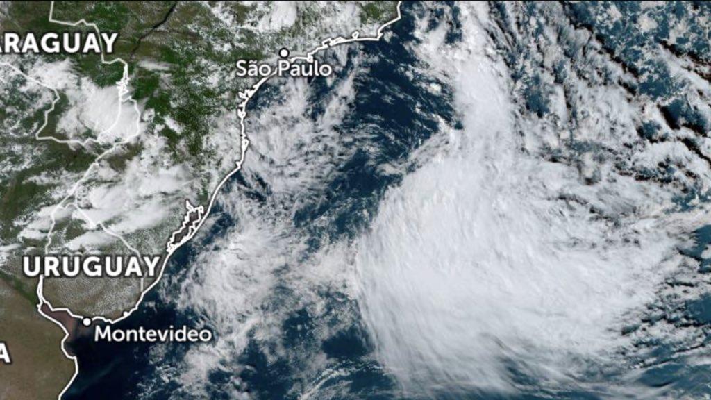 """<span class=""""entry-title-primary"""">Marinha reitera aviso sobre ciclone subtropical</span> <span class=""""entry-subtitle"""">Fenômeno em alto mar não terá impacto relevante no continente </span>"""