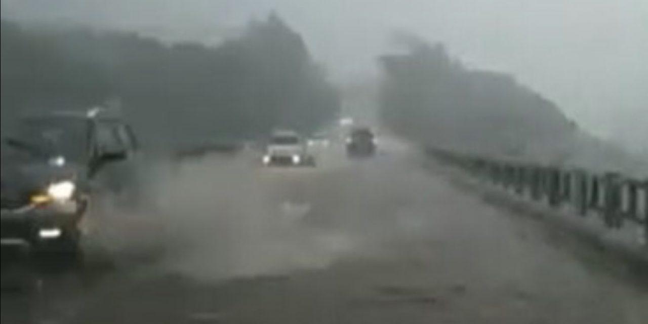 """<span class=""""entry-title-primary"""">Chuva forte causa alagamentos na Serra Gaúcha</span> <h2 class=""""entry-subtitle"""">Pontos de Caxias do Sul tiveram chuva torrencial no fim da tarde </h2>"""