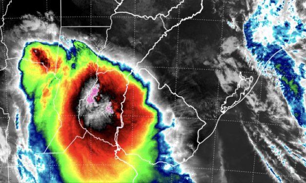 Tempestades avançam da Argentina pro Sul do Brasil