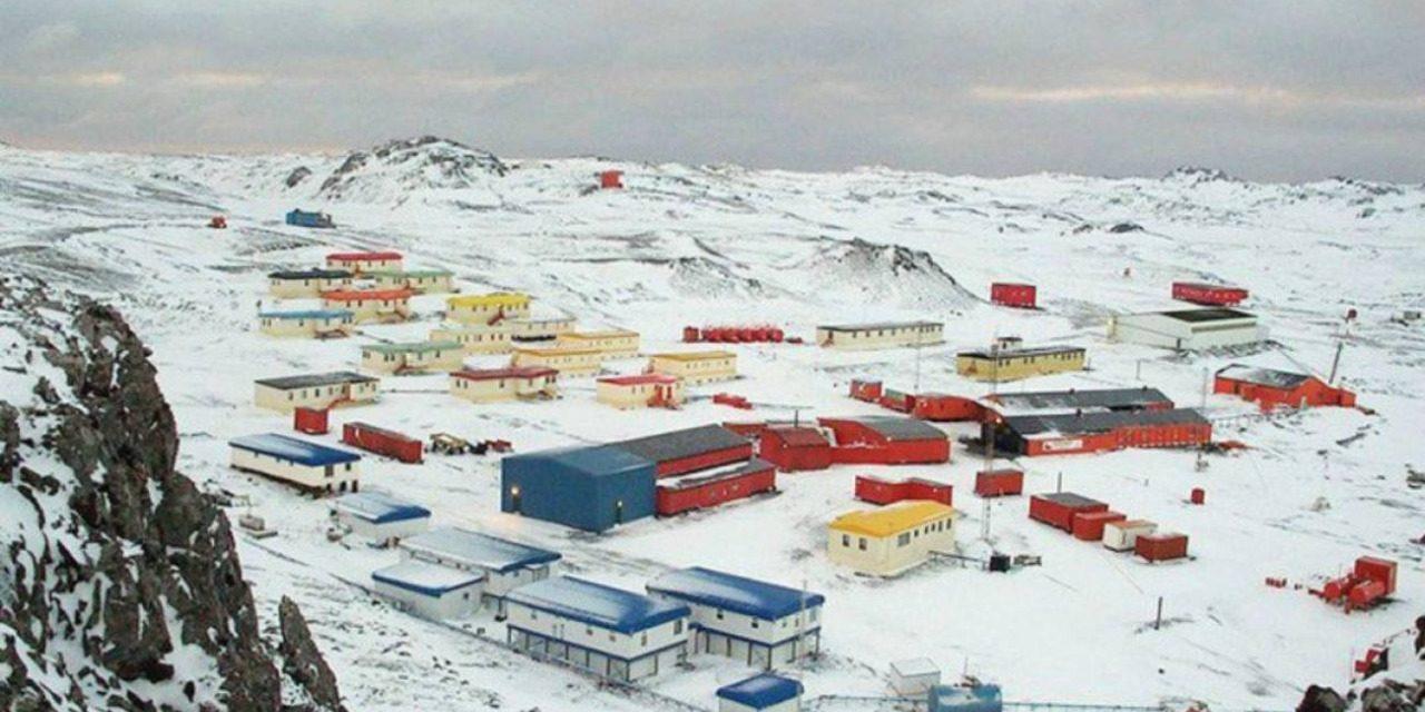 """<span class=""""entry-title-primary"""">Terremoto trouxe pequeno tsunami na Antártida</span> <h2 class=""""entry-subtitle"""">Bases polares chegaram a ser evacuadas após forte terremoto na região </h2>"""