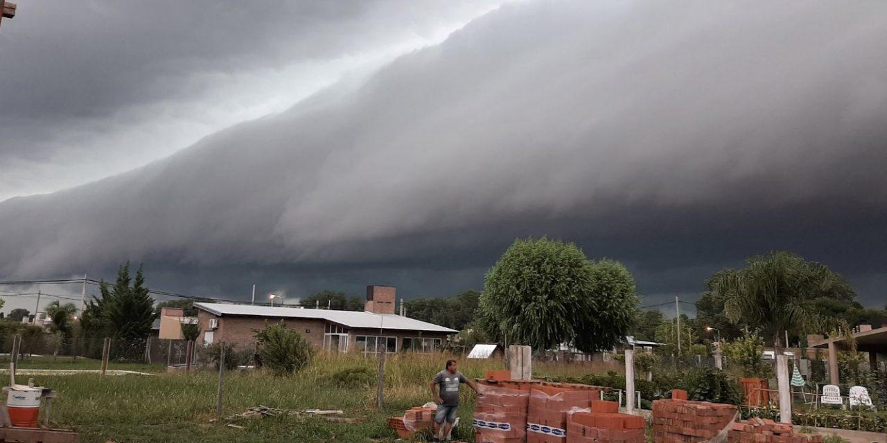 """<span class=""""entry-title-primary"""">Frente de rajada e muitas tempestades na Argentina</span> <h2 class=""""entry-subtitle"""">MetSul projeta instabilidade maior no fim de semana com repercussão no Rio Grande do Sul </h2>"""