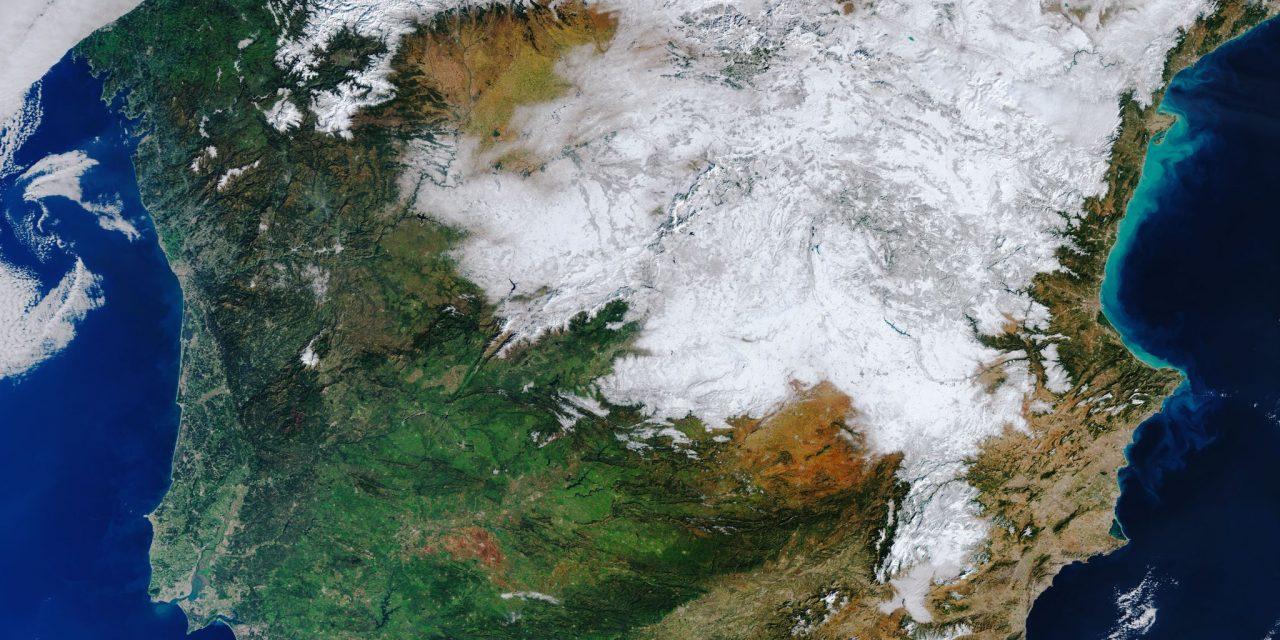 """<span class=""""entry-title-primary""""><span style='color:#ff0000;font-size:14px;'>NEVE HISTÓRICA </span><br> A Espanha coberta de neve vista do espaço</span> <span class=""""entry-subtitle"""">Tempestade de neve na Espanha foi a maior desde 1971</span>"""