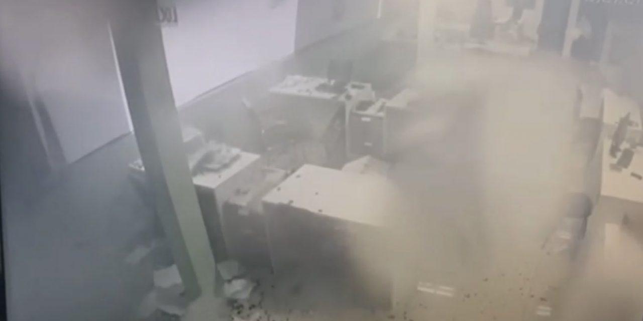 """<span class=""""entry-title-primary"""">Câmeras registram downburst em Gravataí</span> <span class=""""entry-subtitle"""">Cidade da Grande Porto Alegre teve estragos por violento vendaval no dia 2</span>"""