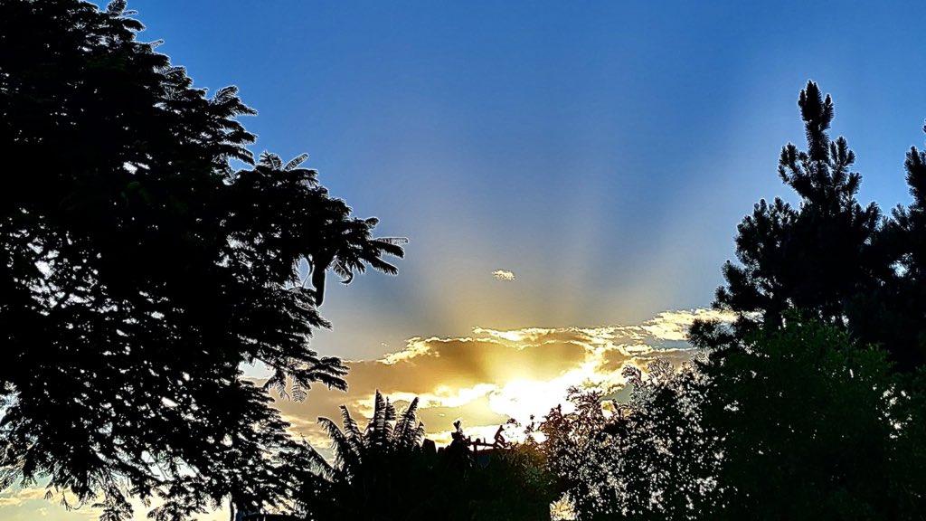 """<span class=""""entry-title-primary"""">Previsão do tempo – Domingo tem sol no Estado</span> <h2 class=""""entry-subtitle"""">Instabilidade isolada esperada na Metade Norte e no Leste gaúcho </h2>"""