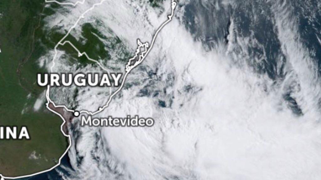 """<span class=""""entry-title-primary"""">Ciclone se forma a Sudeste do Rio Grande do Sul</span> <h2 class=""""entry-subtitle"""">Efeitos serão mais sentidos no Sul gaúcho. Frente fria associada avança com chuva e temporais pelo Sul do Brasil rumo ao Sudeste.</h2>"""
