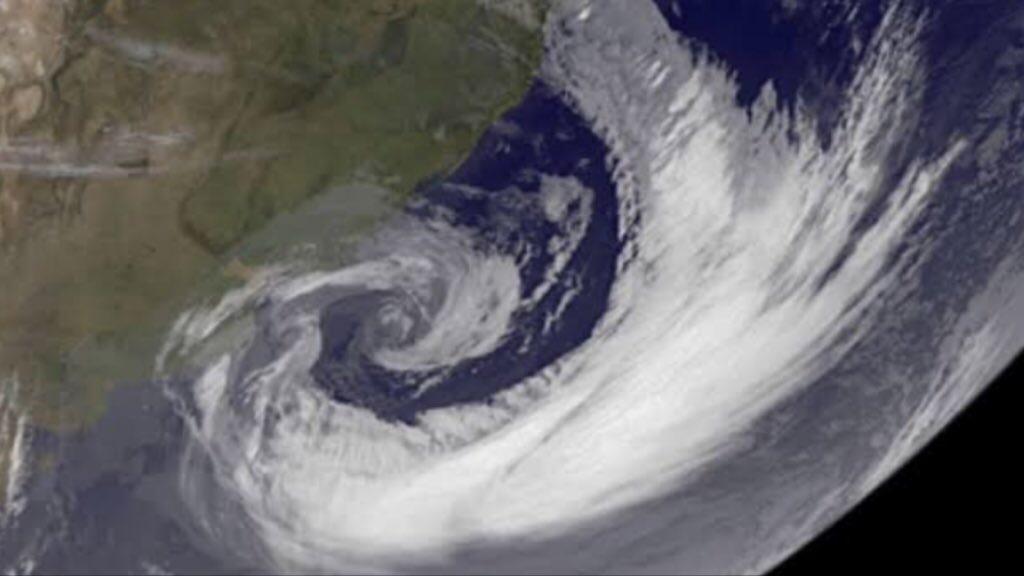 """<span class=""""entry-title-primary"""">Aviso de ciclone – O que esperar</span> <span class=""""entry-subtitle"""">Ciclone extratropical se formará junto ao Rio Grande do Sul </span>"""
