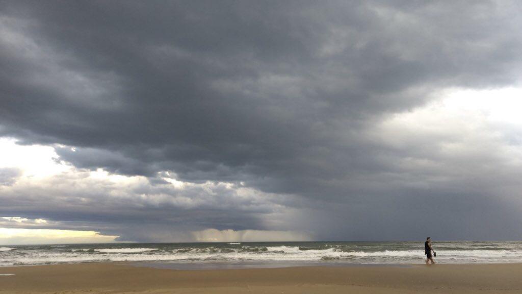 """<span class=""""entry-title-primary"""">Veja a previsão do tempo para esta sexta-feira</span> <h2 class=""""entry-subtitle"""">Ciclone extratropical na costa ainda traz chuva isolada no Leste gaúcho </h2>"""