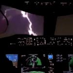 """<span class=""""entry-title-primary""""><span style='color:#ff0000;font-size:14px;'>VOO ELÉTRICO </span><br> Vídeo mostra raio atingindo """"bico"""" de avião</span> <span class=""""entry-subtitle"""">Aeronaves estão preparadas para este tipo de impacto e tecnologia oferece proteção </span>"""