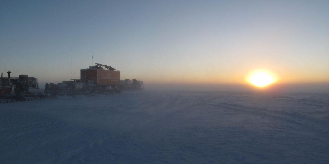 """<span class=""""entry-title-primary"""">Primeiro dia no ano com -70°C na Antártida</span> <h2 class=""""entry-subtitle"""">Registro ocorreu na estação de Vostok que detém o recorde mundial de frio </h2>"""