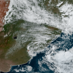 "<span class=""entry-title-primary""><span style='color:#ff0000;font-size:14px;'>CICLONE </span><br> Ciclone na costa traz instabilidade isolada a partir desta terça</span> <span class=""entry-subtitle"">Impactos do ciclone no oceano devem ser pouco expressivos no Sul do Brasil </span>"